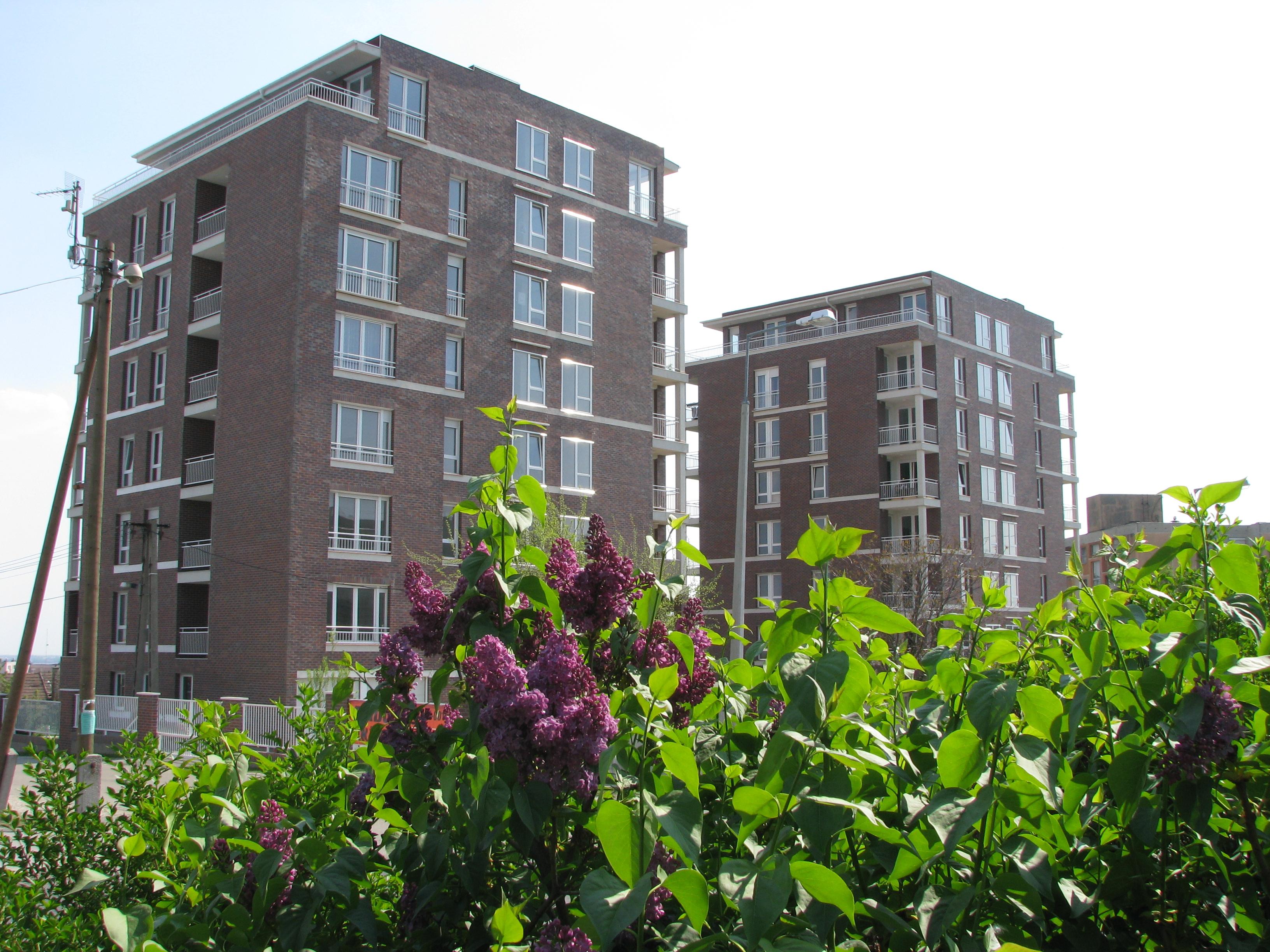 Ugrás ide:Gemini Torony – penthouse lakások, teremgarázsok